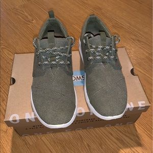 Toms low Sneaker/Shoes